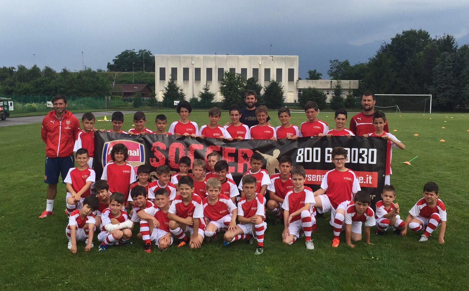 Tutti i ragazzi protagonisti dell'Arsenal Day Camp 2016